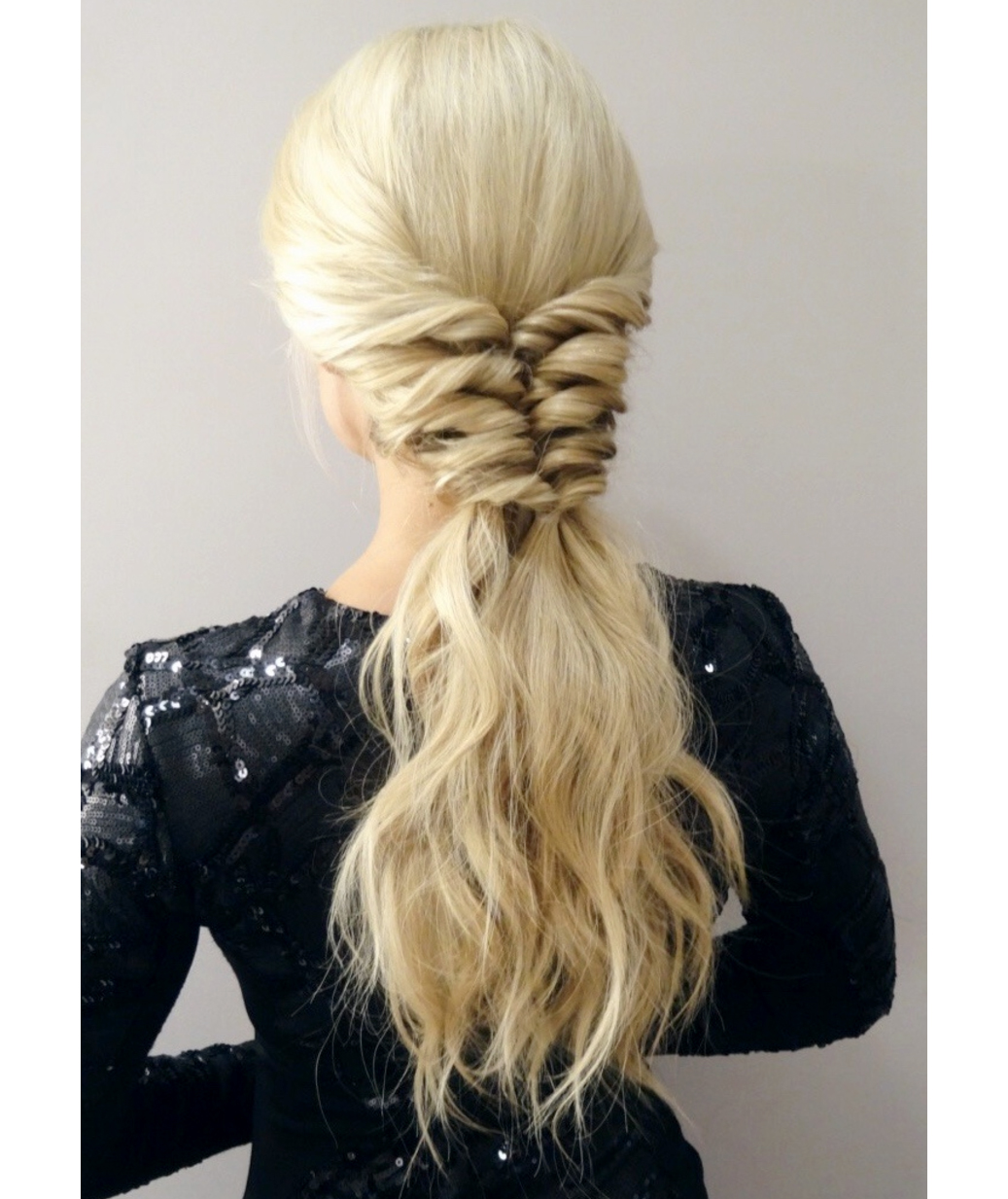 2019 year for lady- Ponytail Twisted ideas