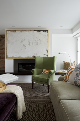 Use Large Art to Make a Small Space Seem Bigger