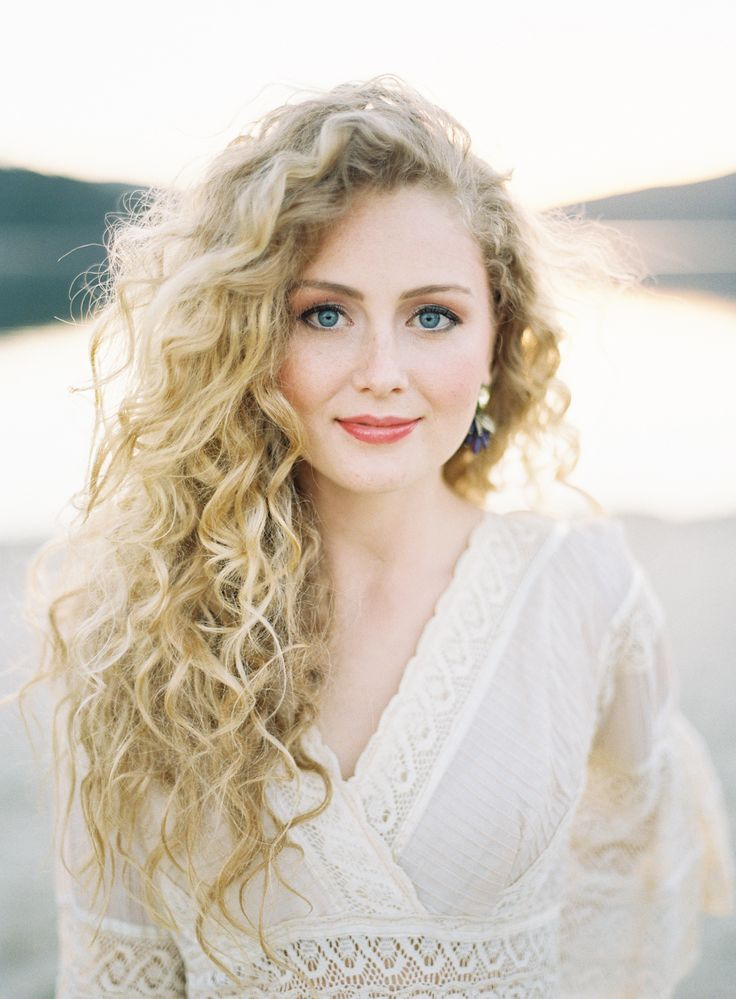Unexpected Ways To Wear Your Natural Curly Hair Southern Living