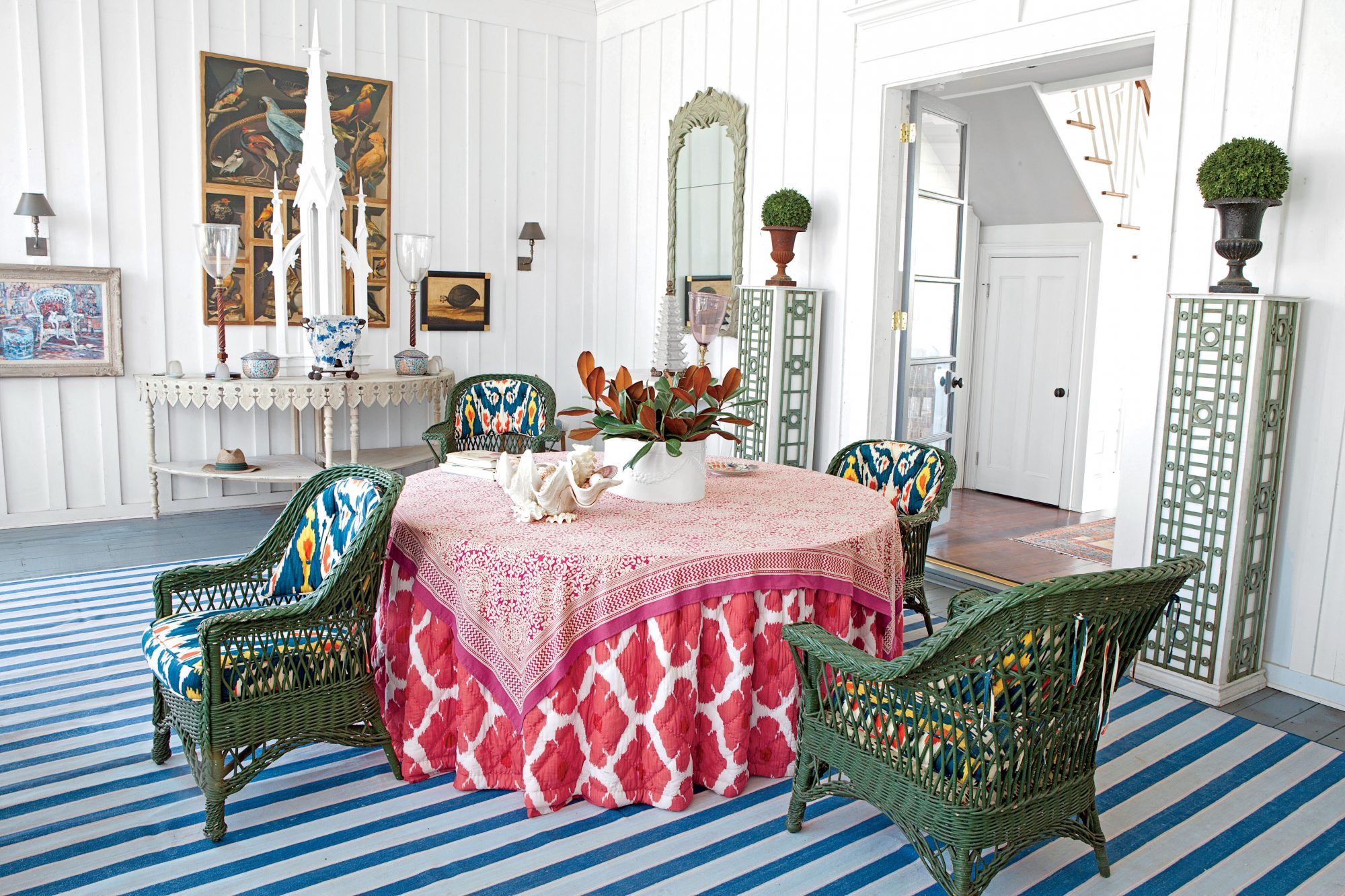 10 Ways To Decorate with Red - Southern Living