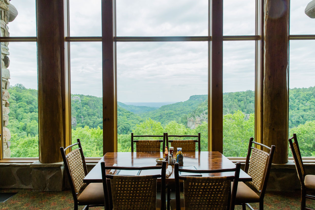 Mather Lodge Restaurant in Petit Jean State Park