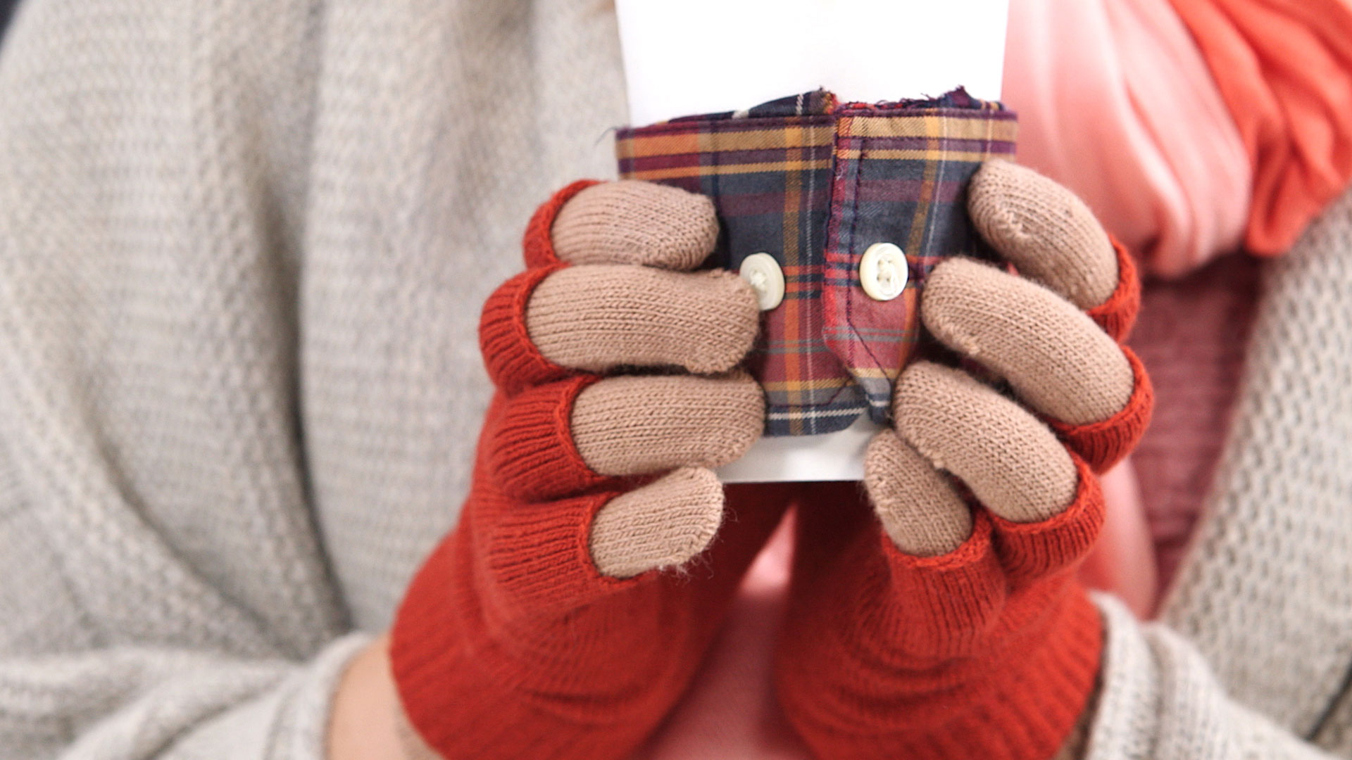 No-Sew Flannel Drink Sleeve