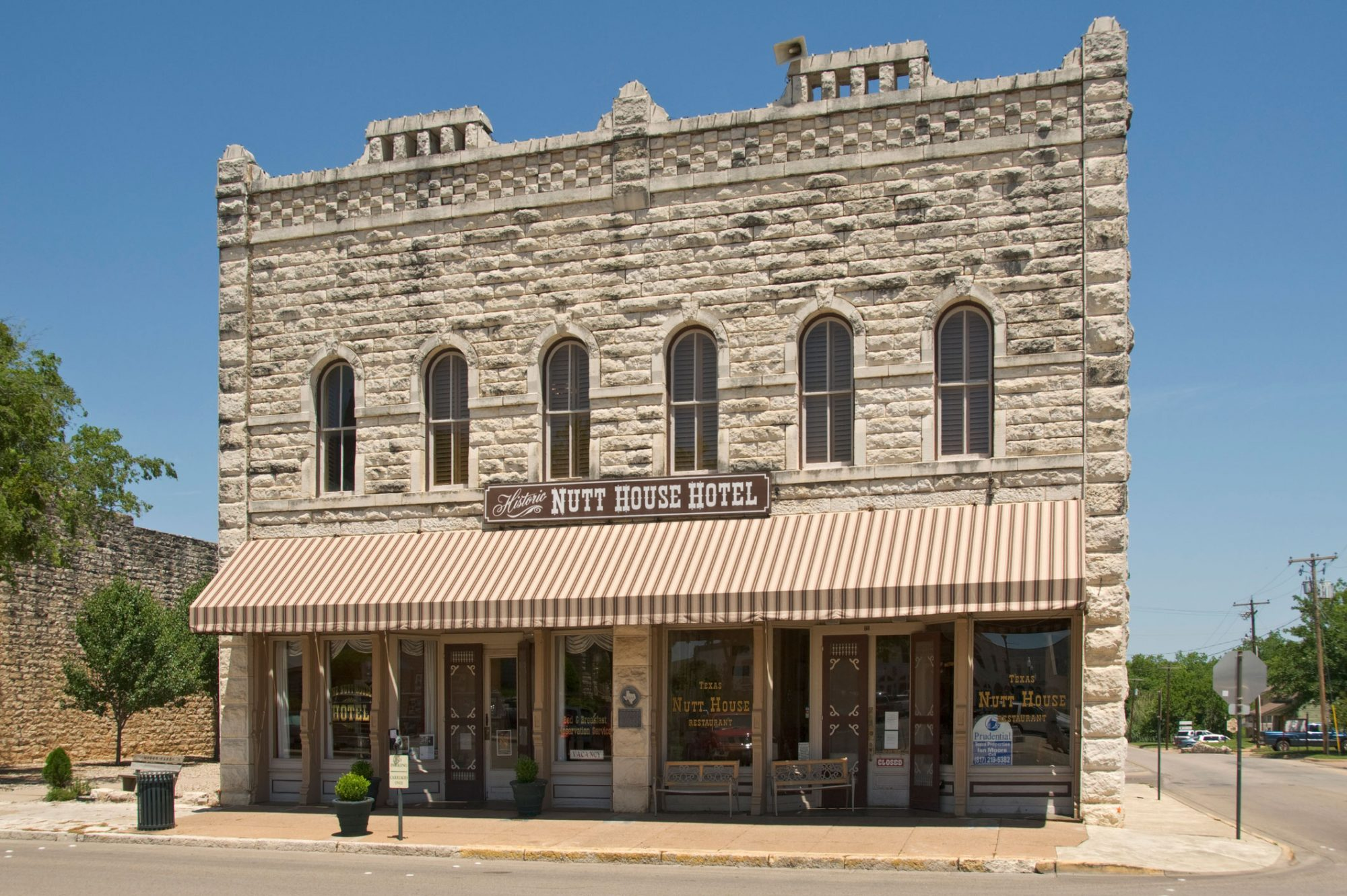 Nutt House Hotel in Granbury, TX