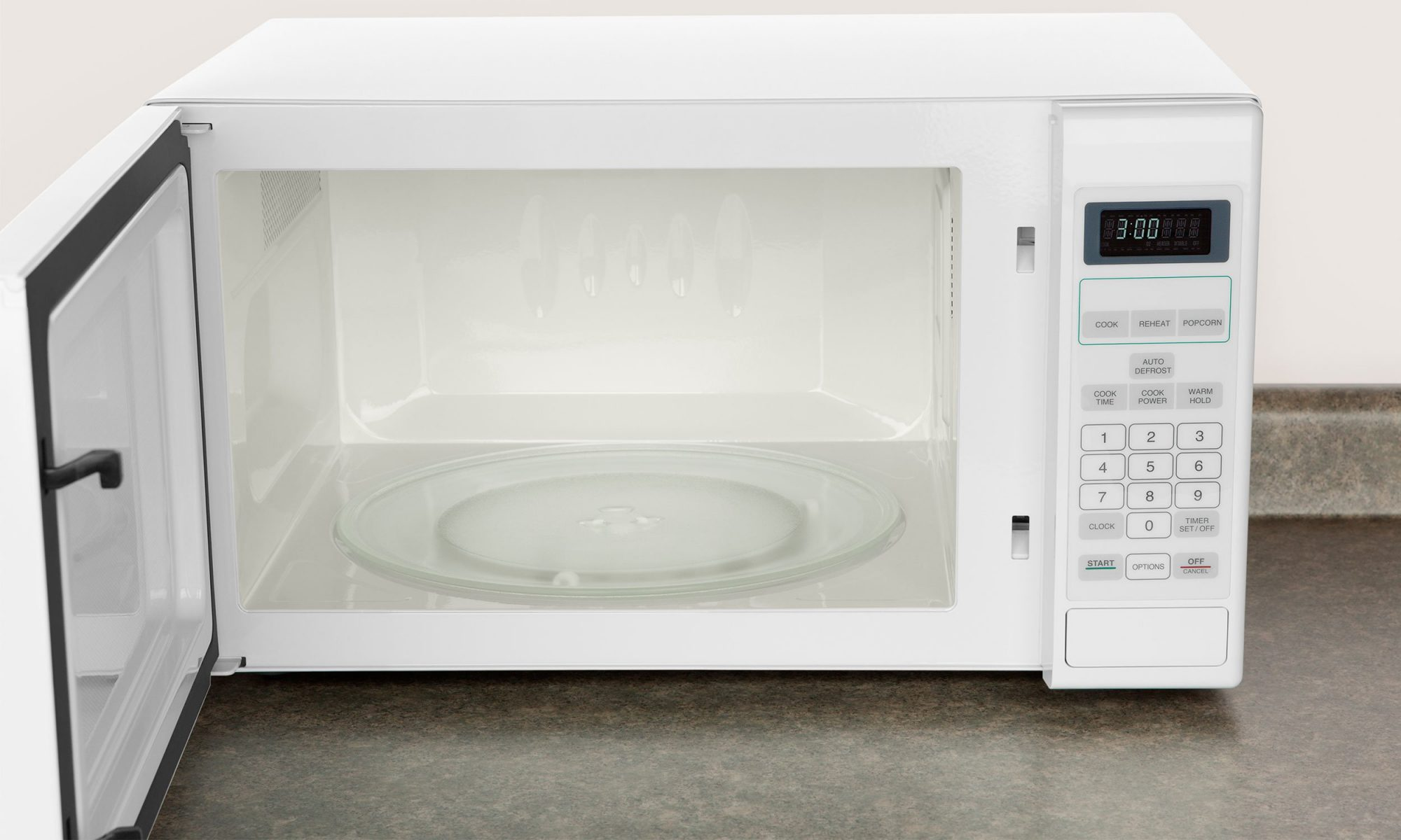 Food Will Taste Better if You Clean Your Microwave