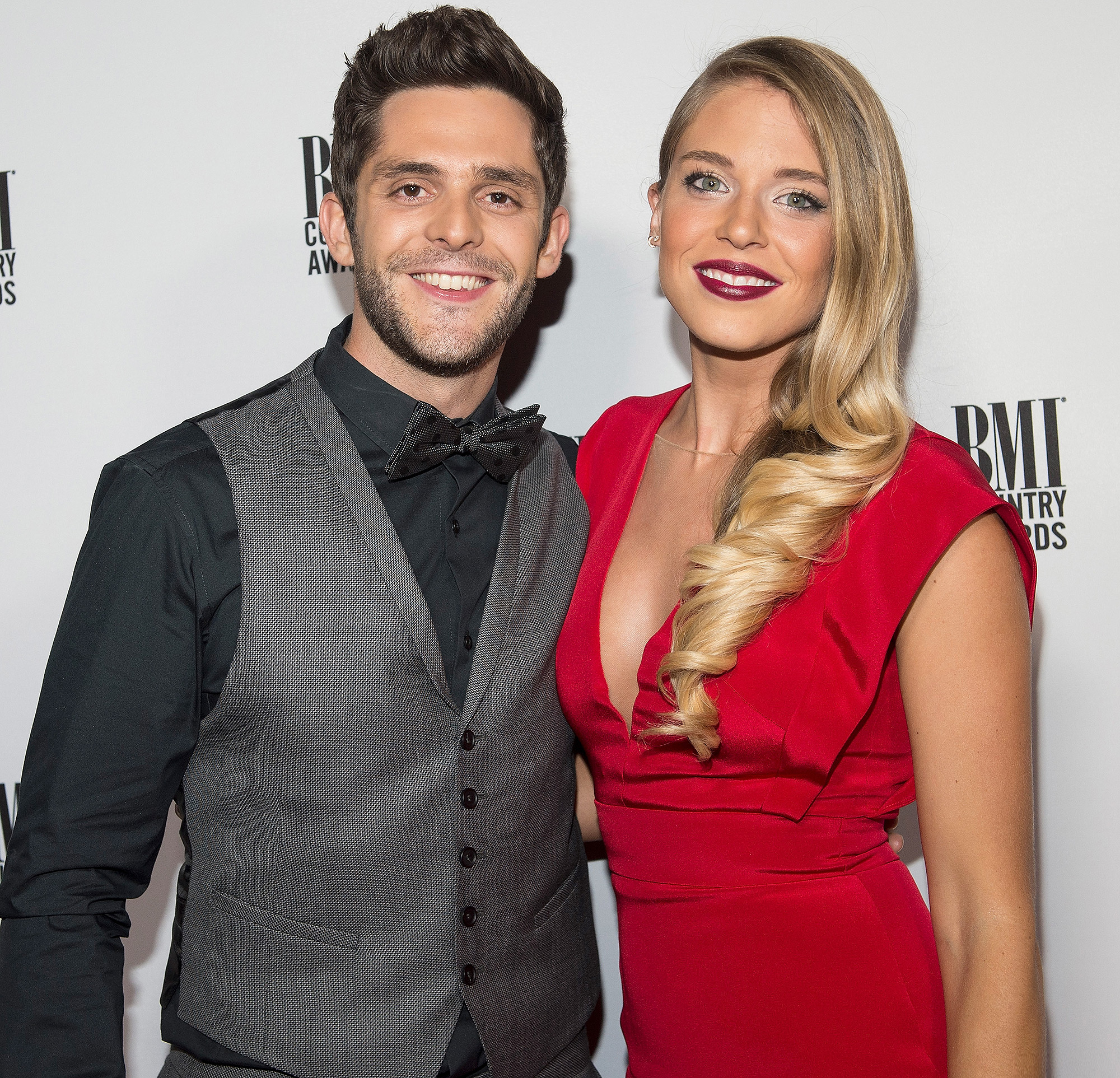 Inside Thomas Rhett & Wife Lauren's Sweet Love Story