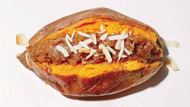4 Ways to Upgrade Your Stuffed Sweet Potato de93bf17b9feebd790deeb96af440c4e