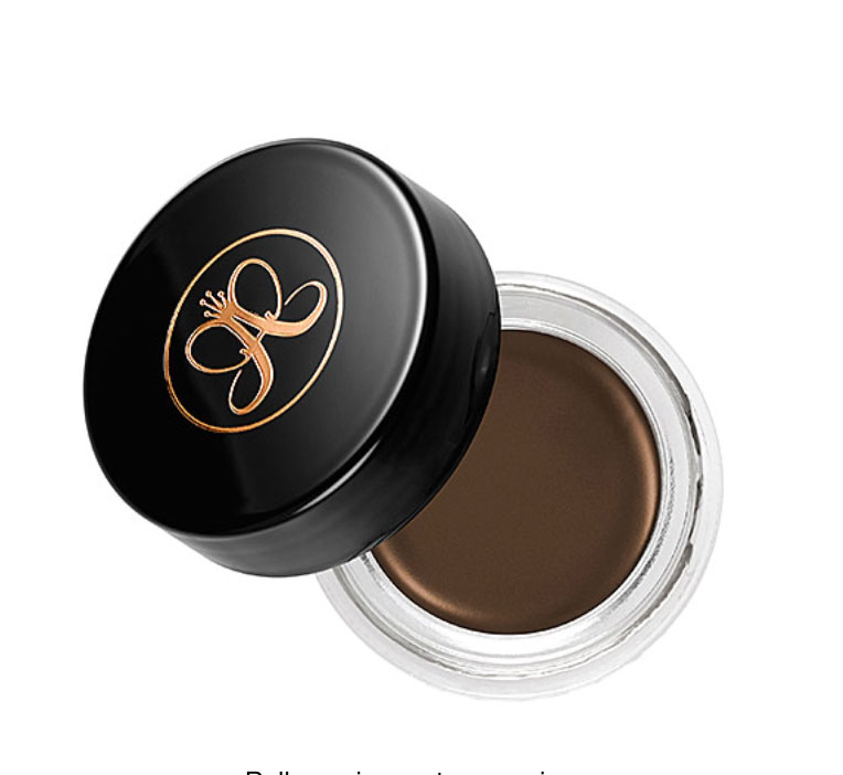 This Dipbrow Pomade Is The Best Eyebrow Product On The Market