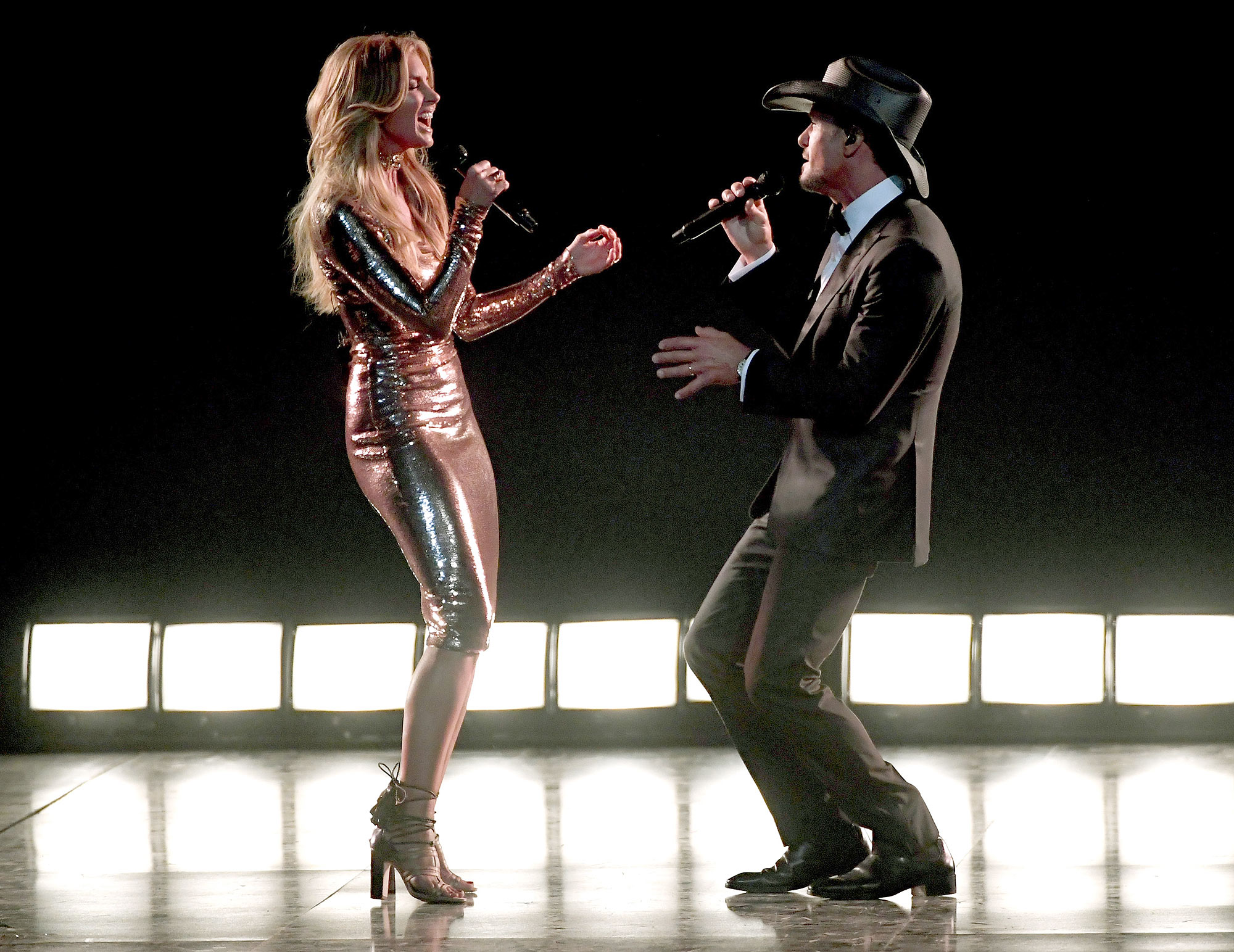 Now That's How You 'Speak to a Girl': Tim McGraw and Faith Hill Perform Newly Released Duet at ACMs