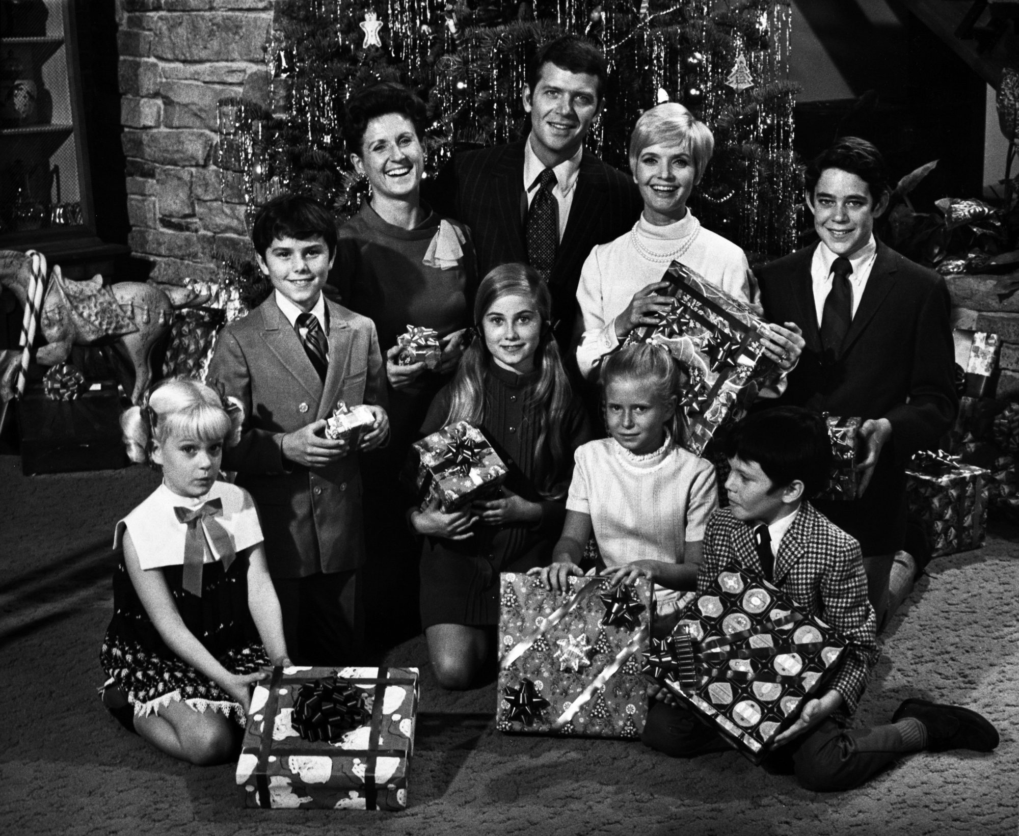 The Brady Bunch,  Voice of Christmas