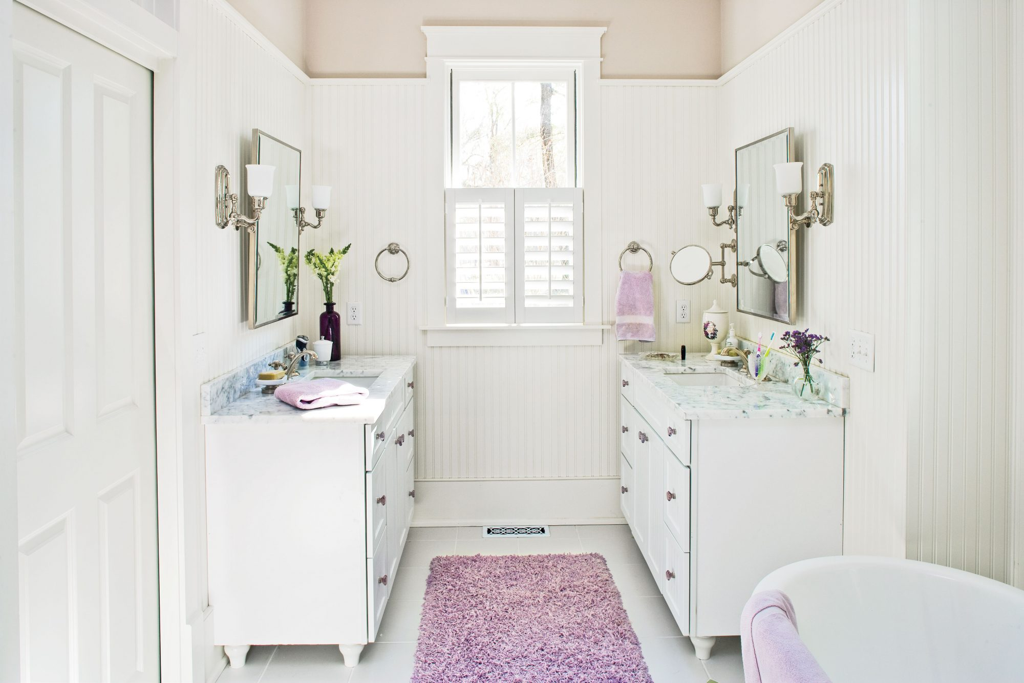 images of white bathrooms. crisp and whimsical images of white bathrooms
