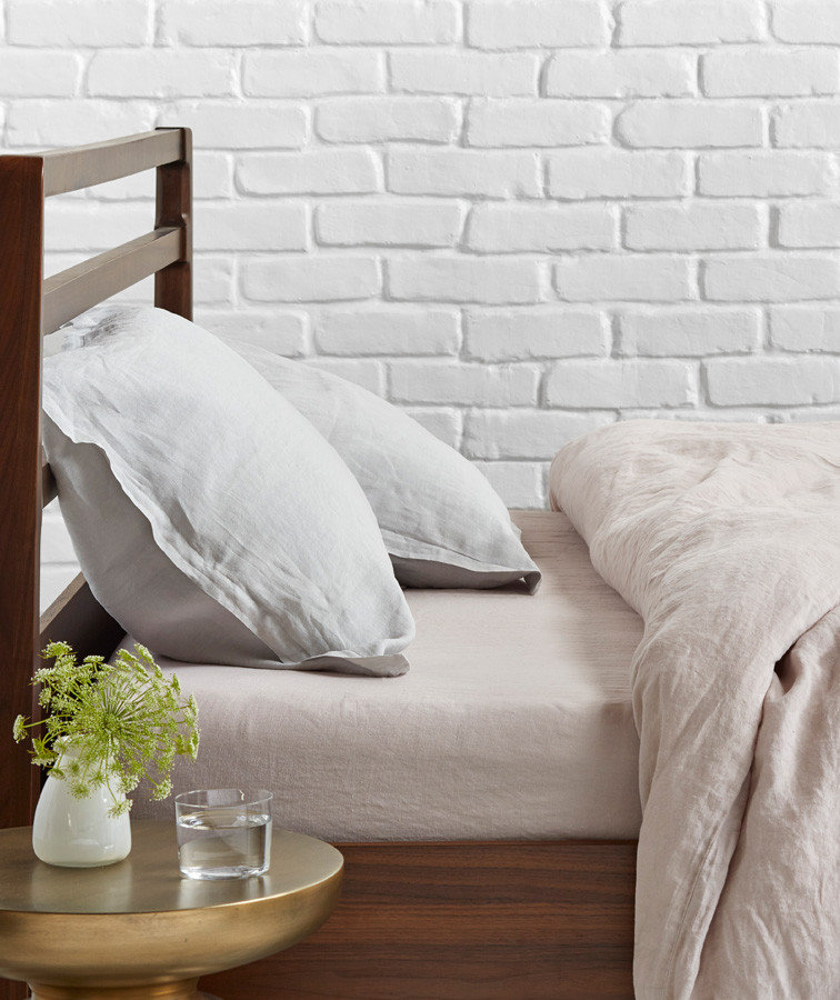 The Great Bedding Debate: Do You Really Need A Top Sheet?