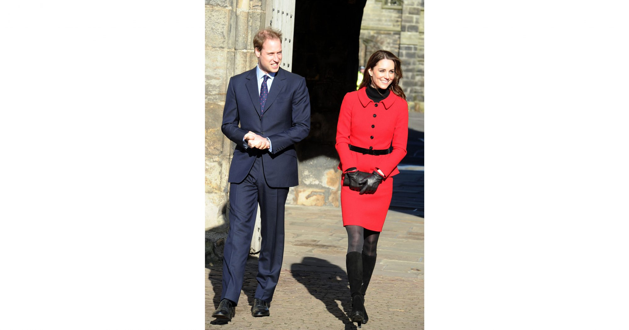 kate-middleton-poinsettia-red