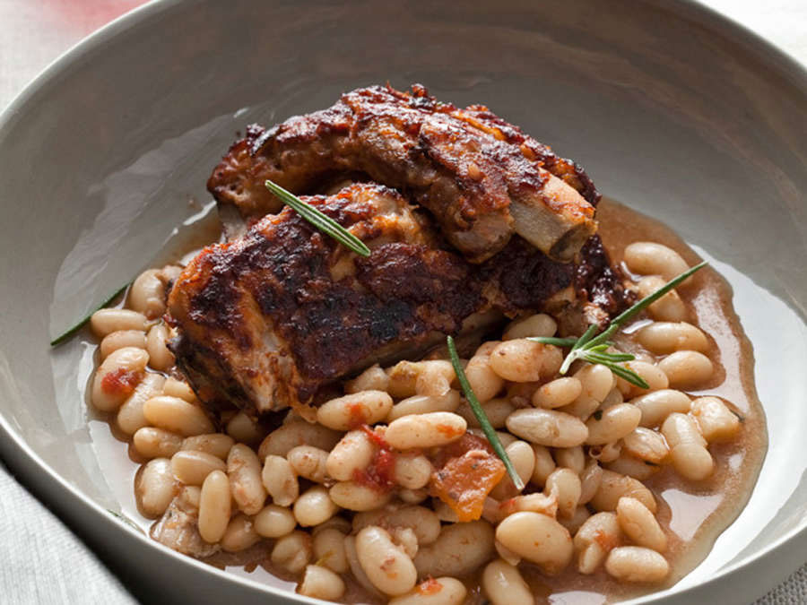Glazed Pork Ribs with White Beans
