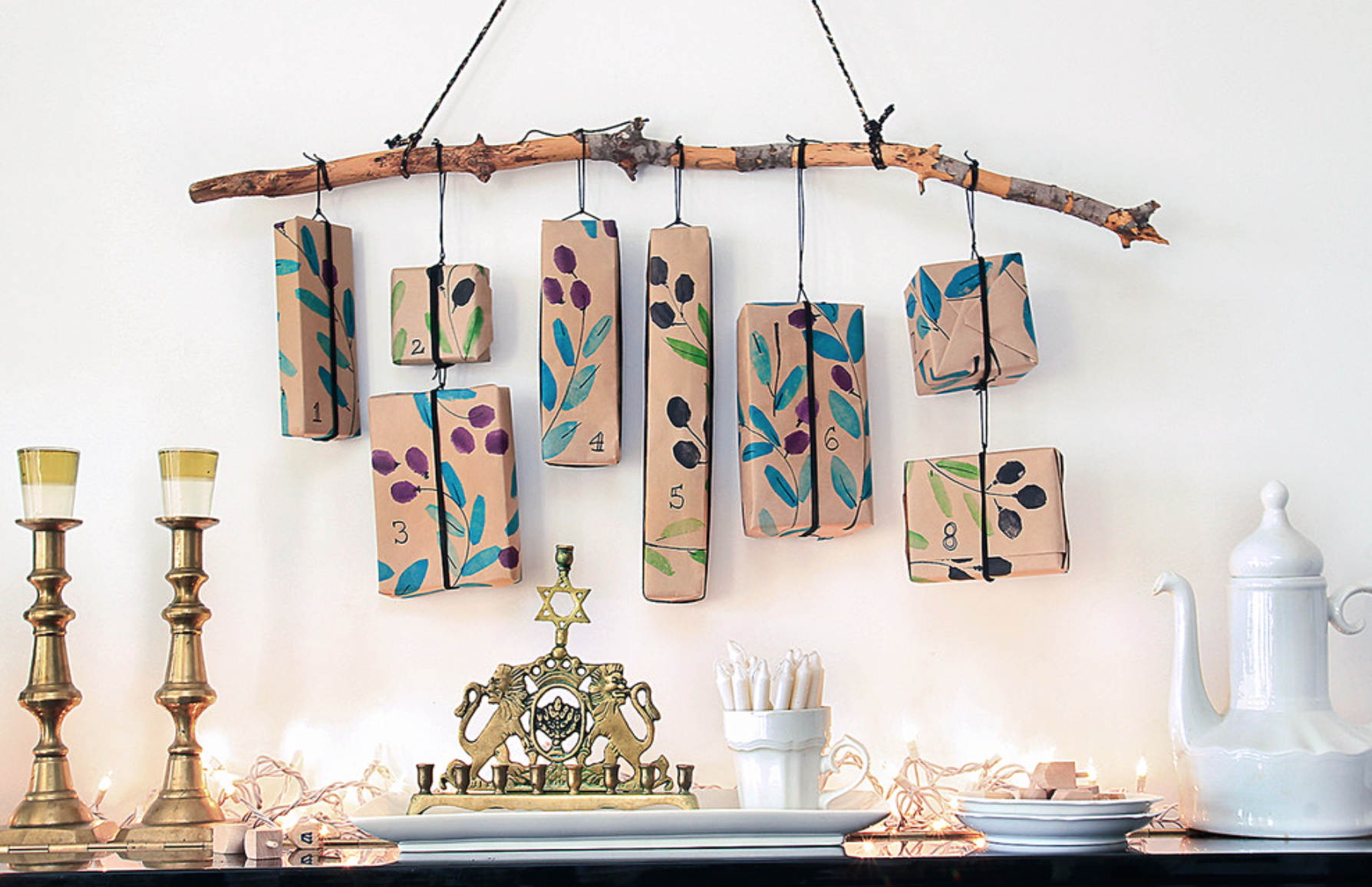14 Festive Hanukkah Decor Ideas