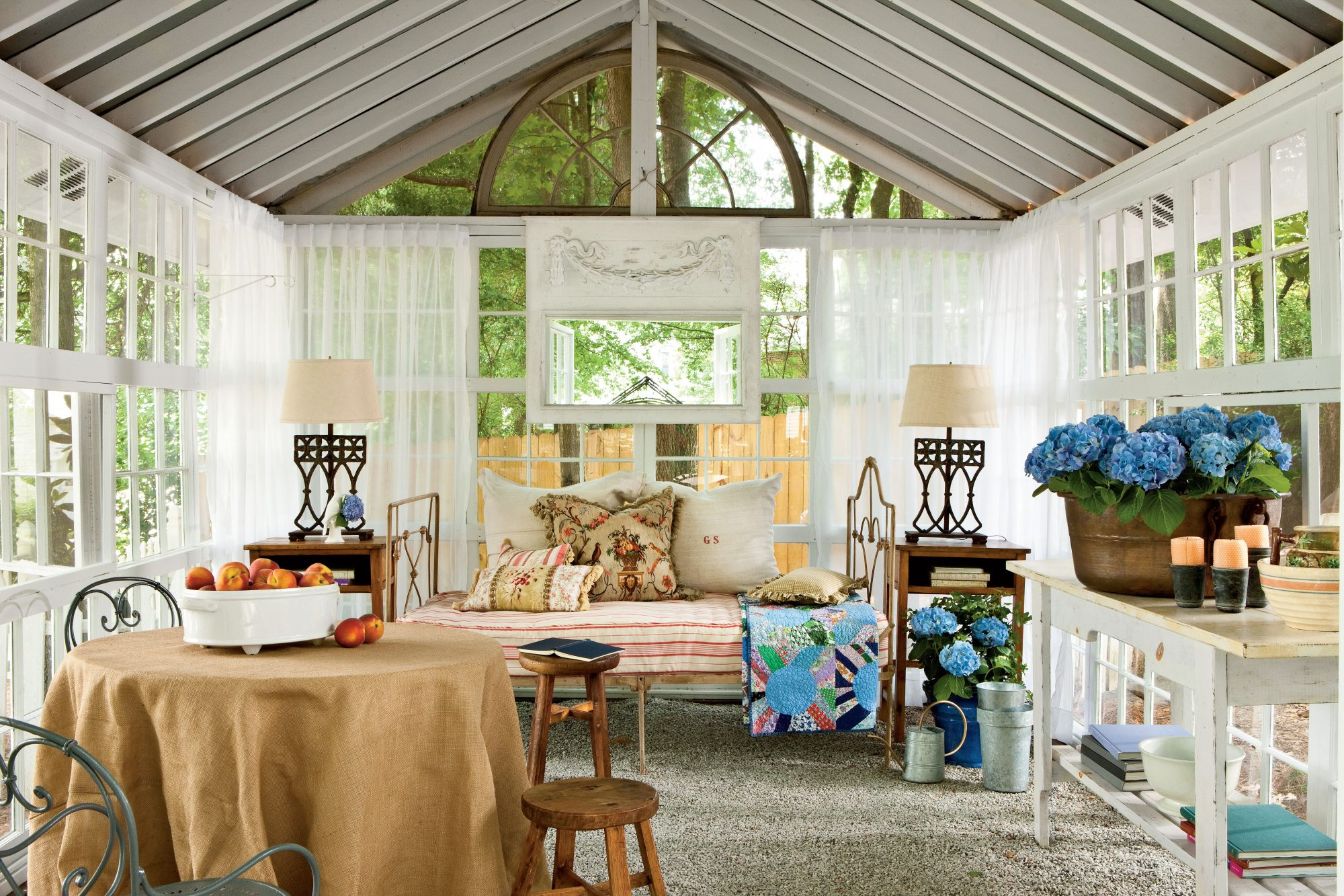"""Backyard Paradise: """"She Sheds"""" Are A Backyard Paradise For One (or Two"""