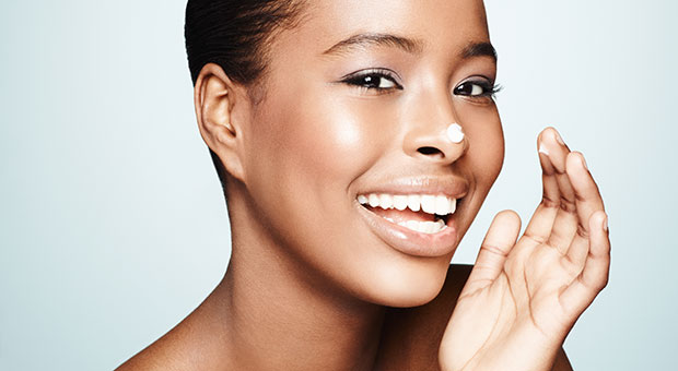 7 Signs You Need a Heavier Moisturizer
