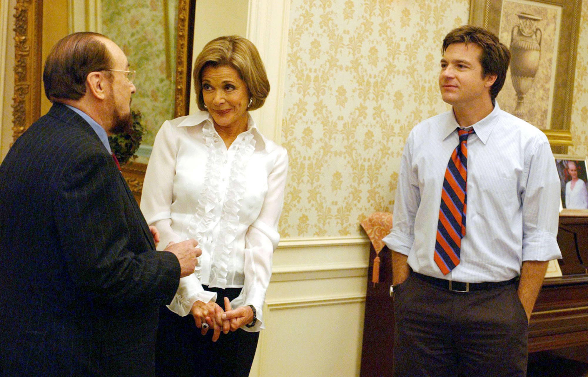 LUCILLE BLUTH, ARRESTED DEVELOPMENT