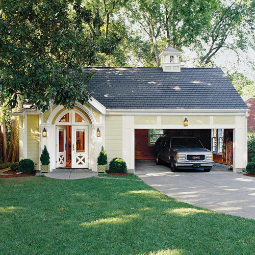 Change a garage into a mini cottage for guests southern for Southern living detached garage plans