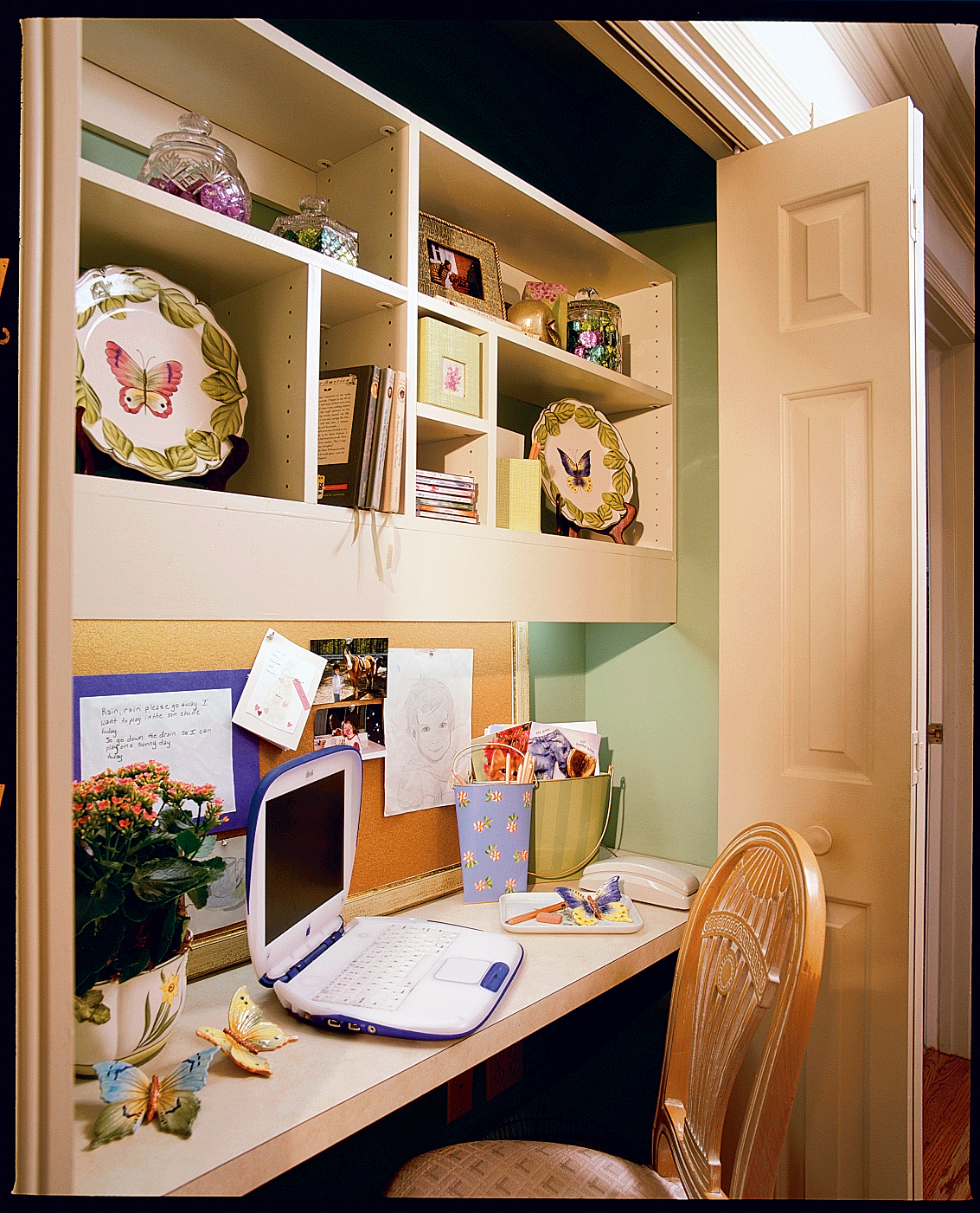 Compact Home Office-- Home Office