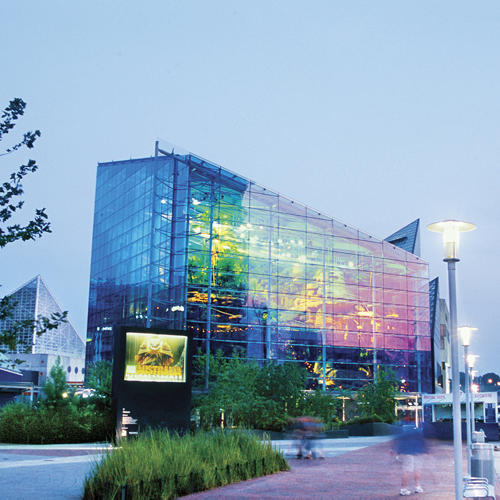 exterior of national aquarium baltimore