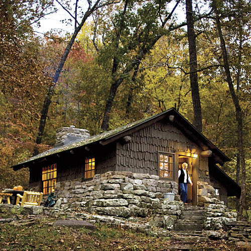 Cabin finder individual cabins southern living for Mountain flower cabin pigeon forge