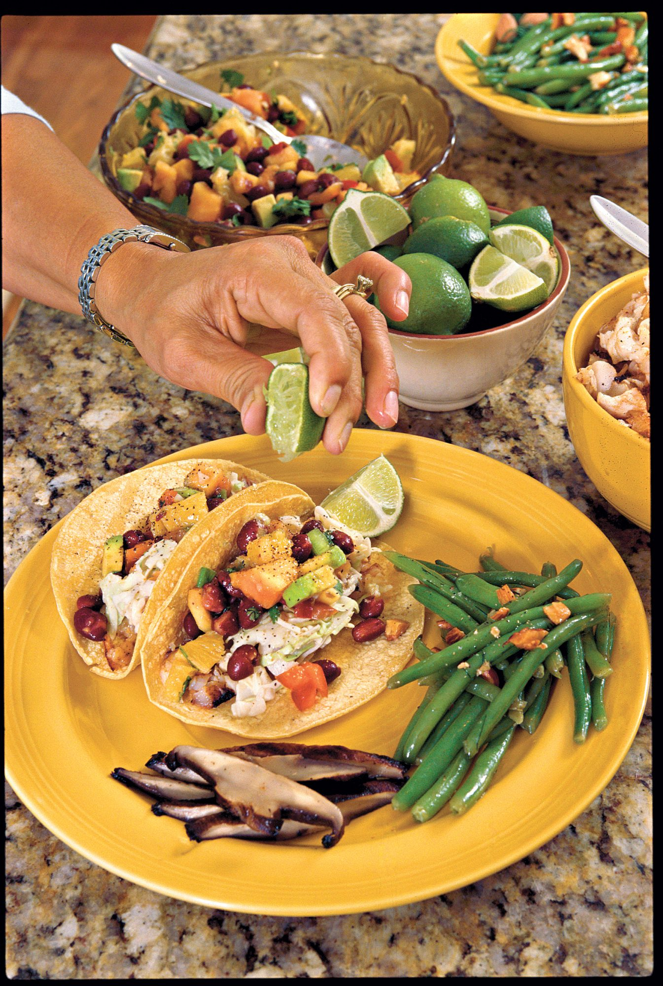 """Try These Healthy Weeknight Meals [INFO """"OT: Family Friendly""""]"""