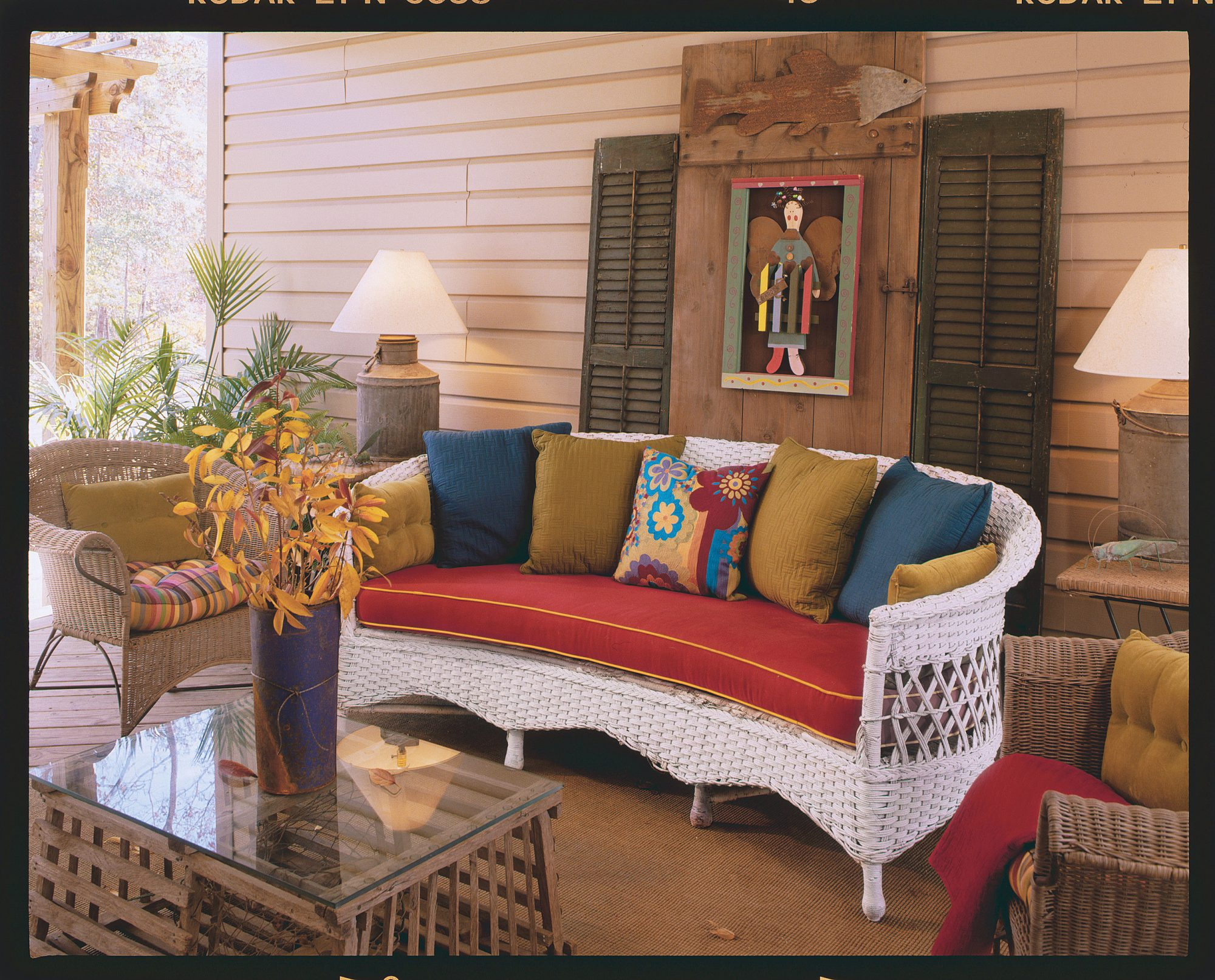 Amazing Revive Old Porch Furniture