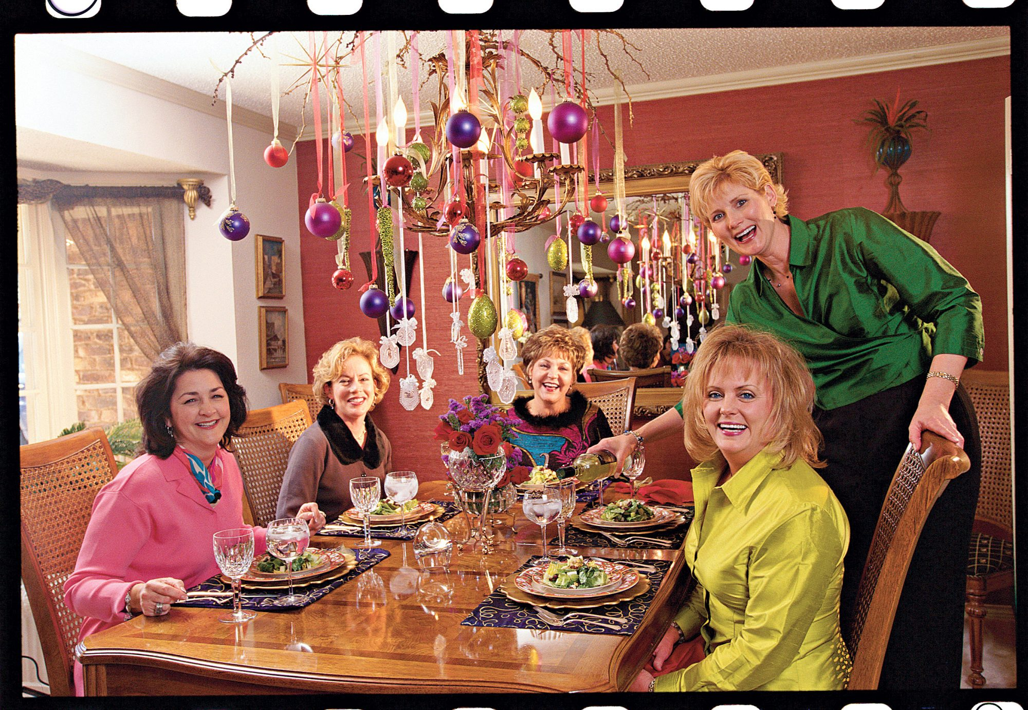 Five Friends One Fabulous Christmas Dinner promo