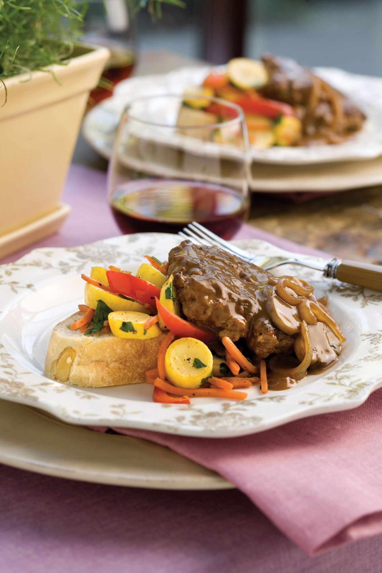 Ground Beef Recipes: Hamburger Steak With Sweet Onion-Mushroom Gravy