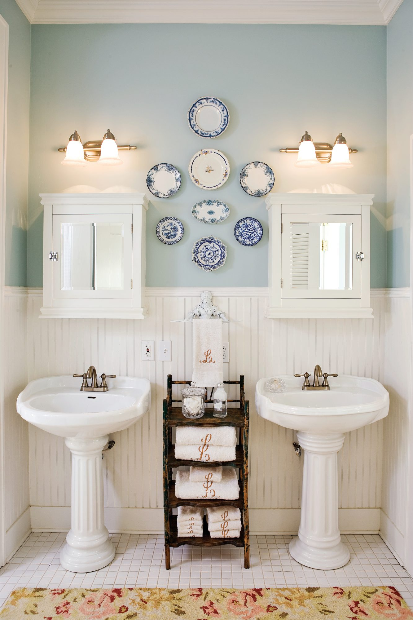 Brilliant Bath and Laundry Room Combo - Southern Living