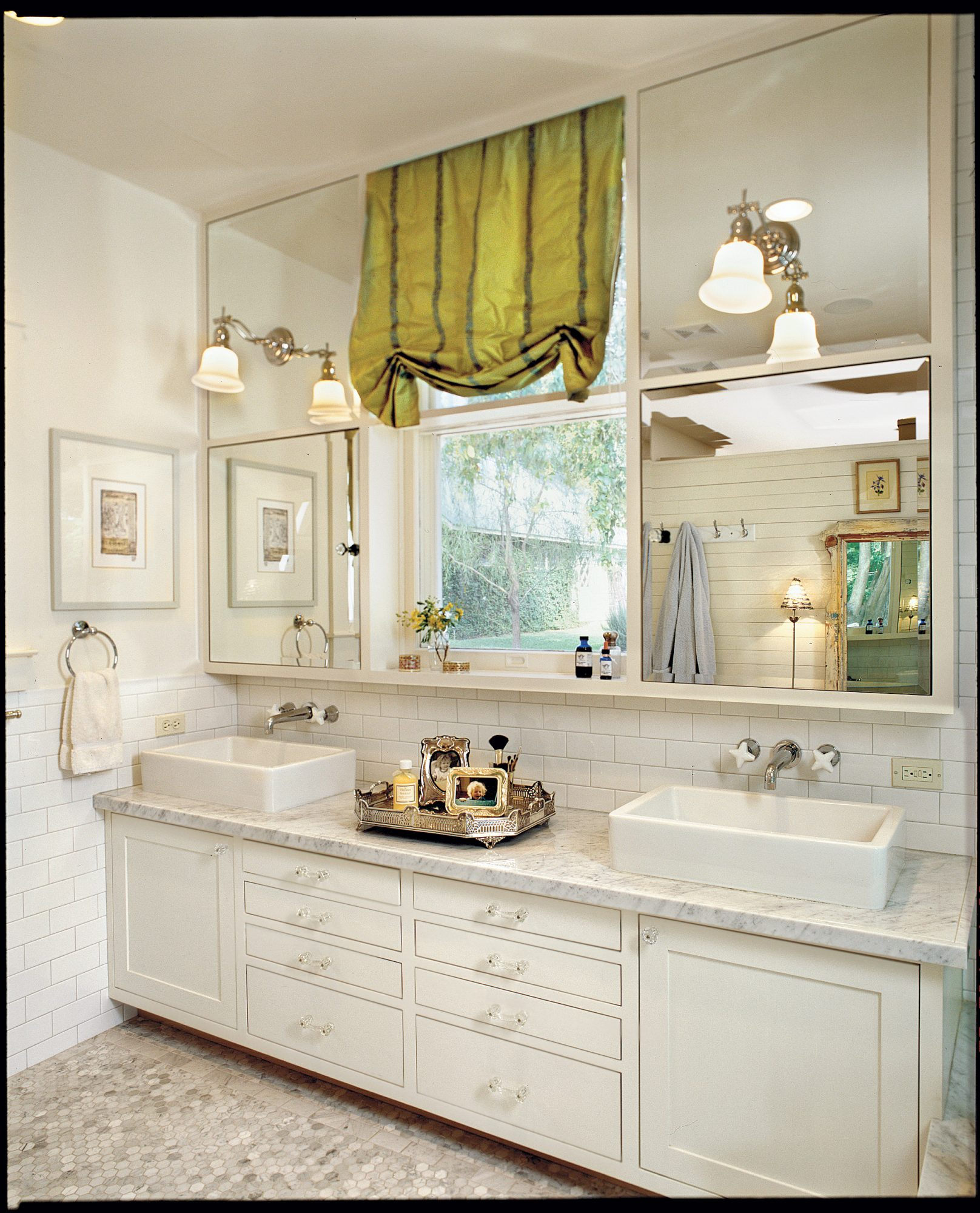 Same Space, New Dream Bath - Southern Living