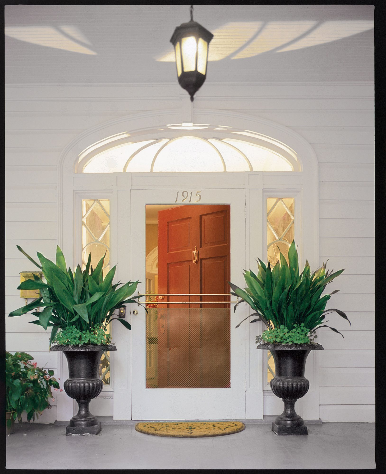 Our Guide To Front Door Paint Colors And Styles Southern