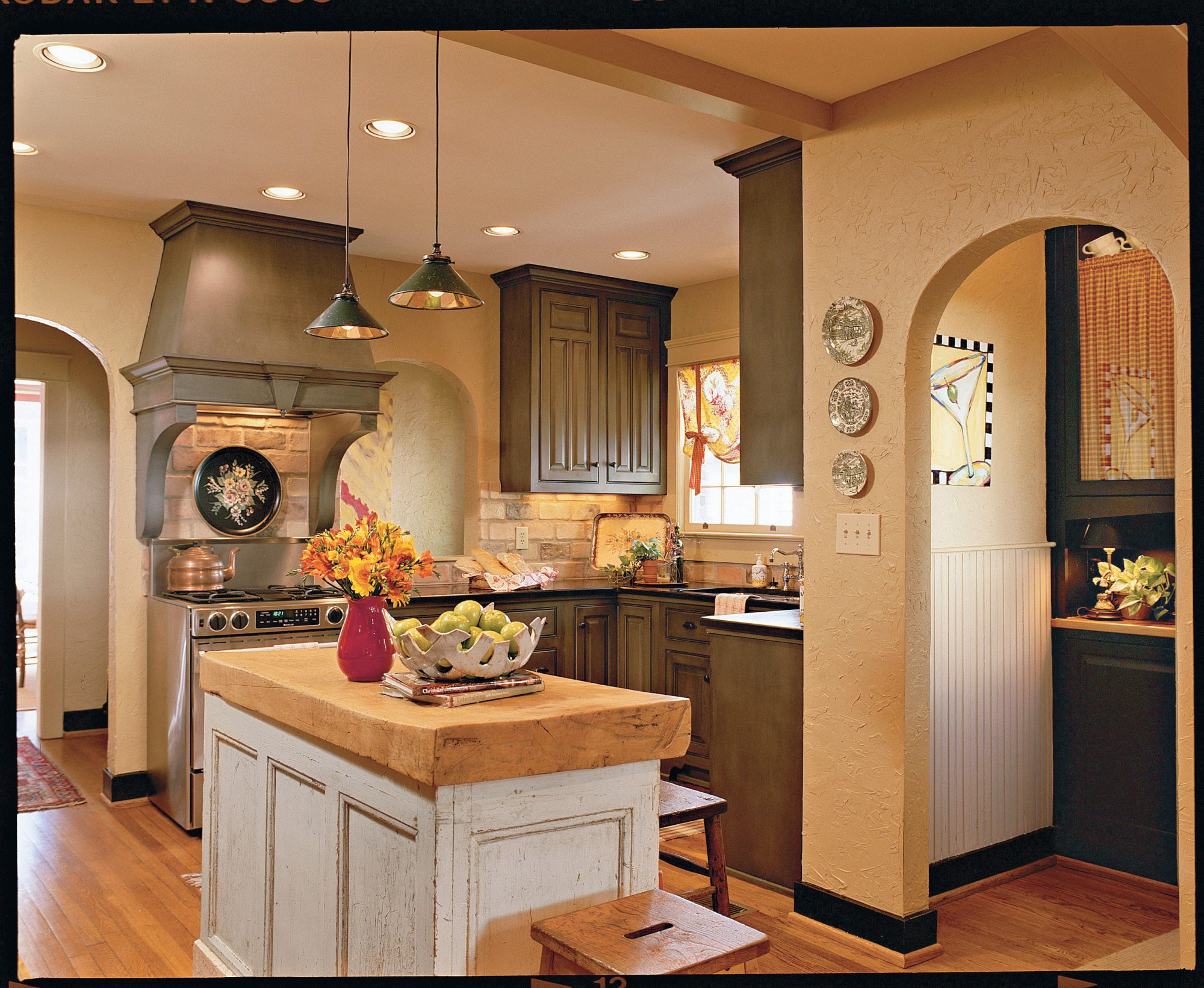 Come Home to Cottage Kitchen Style