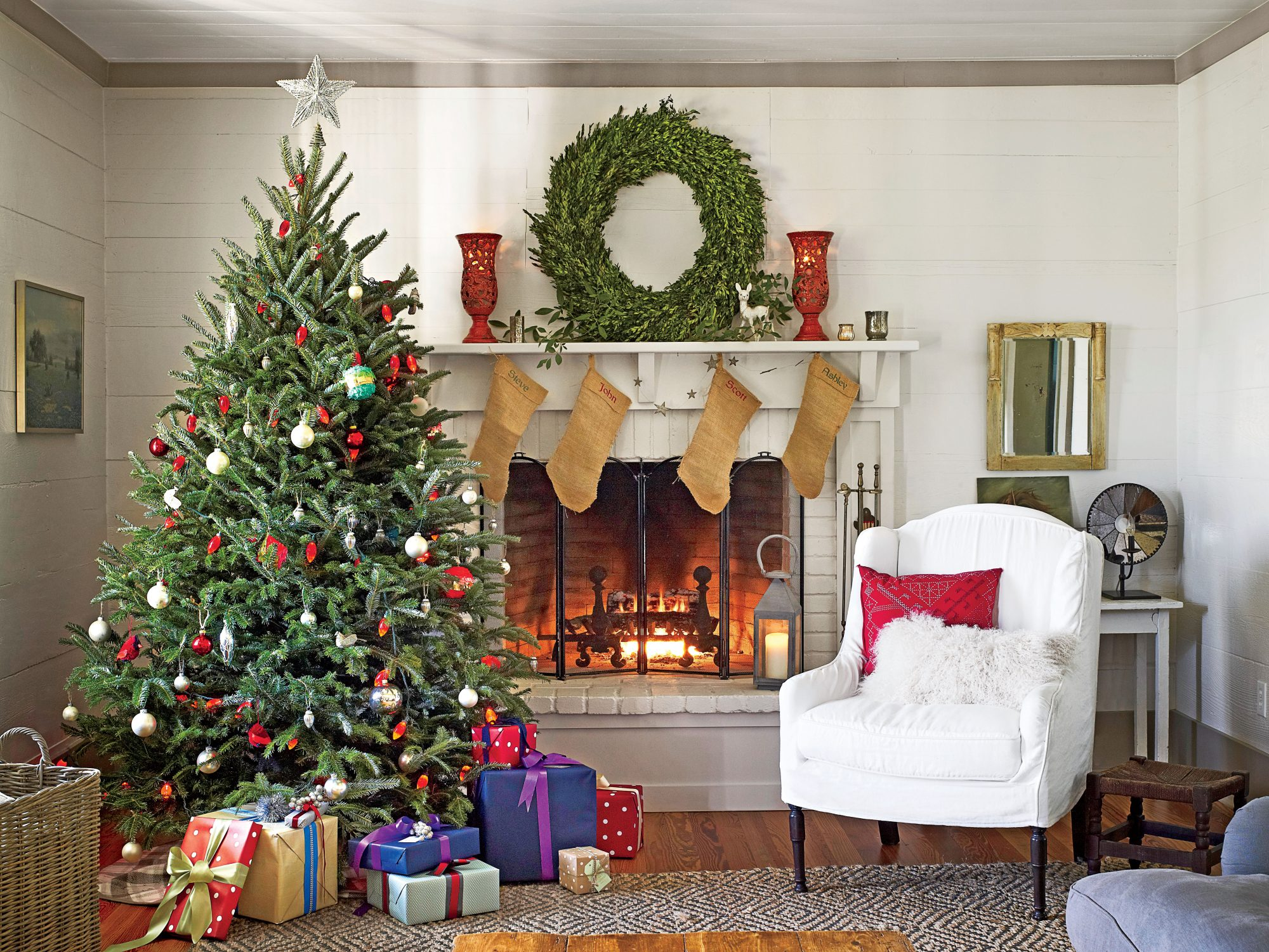 Christmas recipes and decorating ideas southern living - Christmas living room decor ...