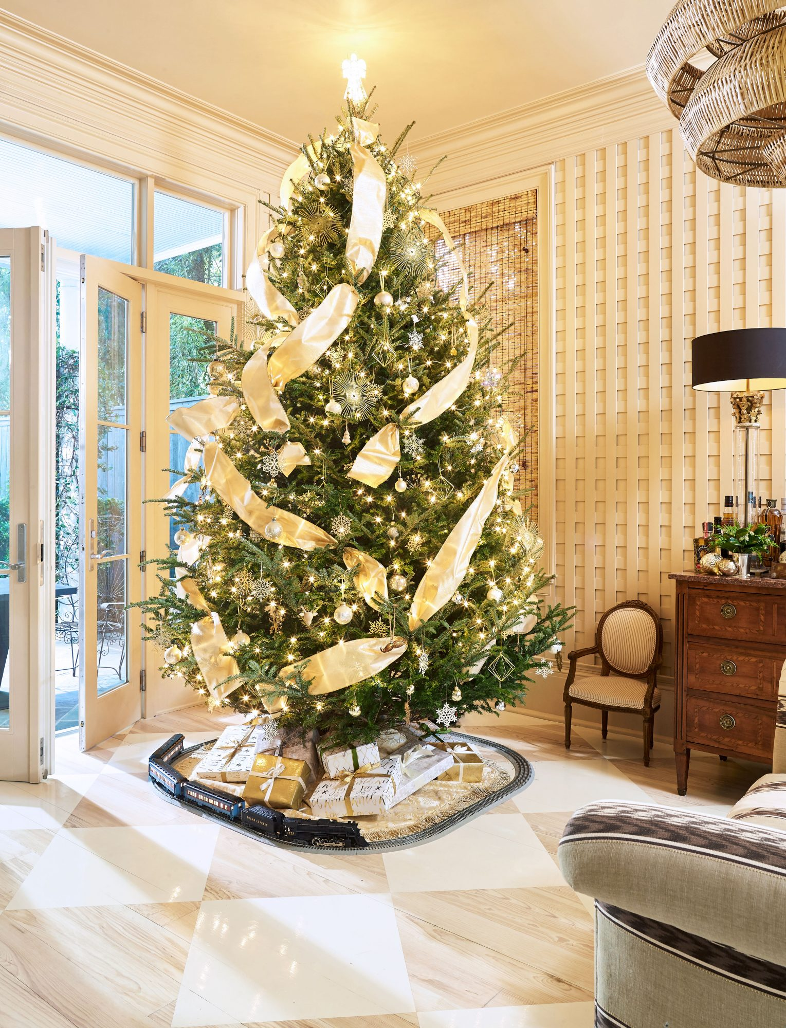 Gold Metallic Christmas Tree