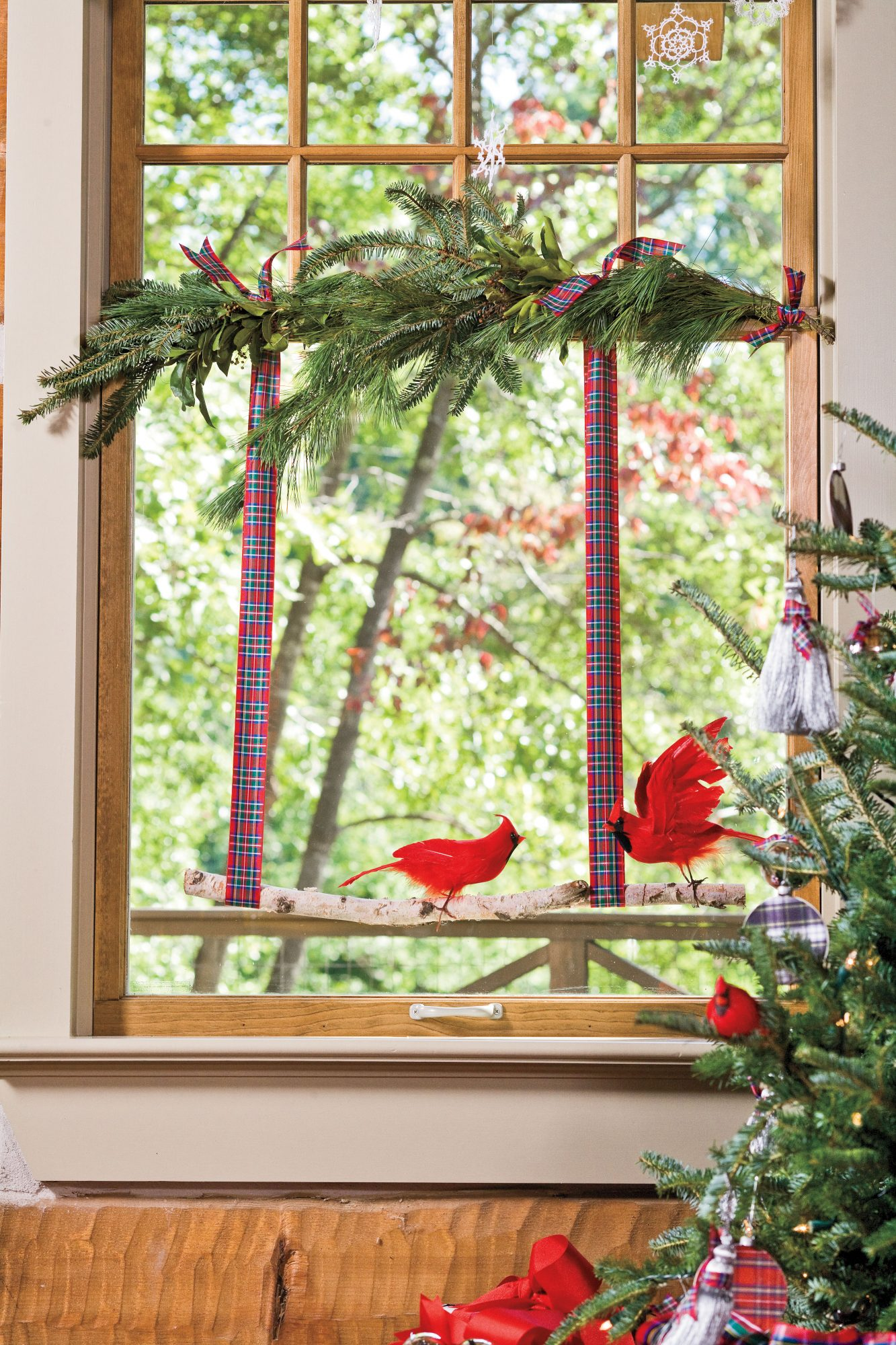 100+ Best-Ever Christmas Decorating Ideas for 2019 ...