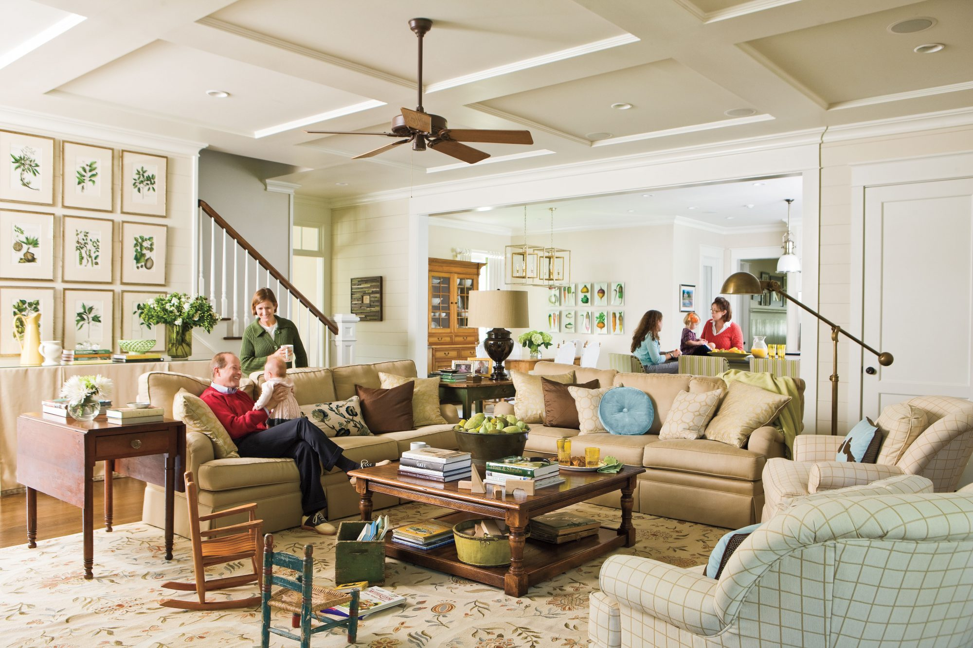 Superb Ideas For Southern Homes: Family Room