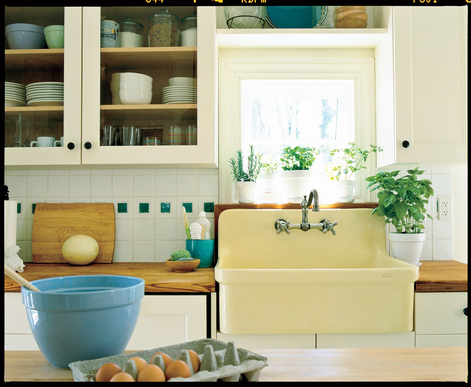 Farm Kitchen Remodeling Ideas: Farm-Style Sink