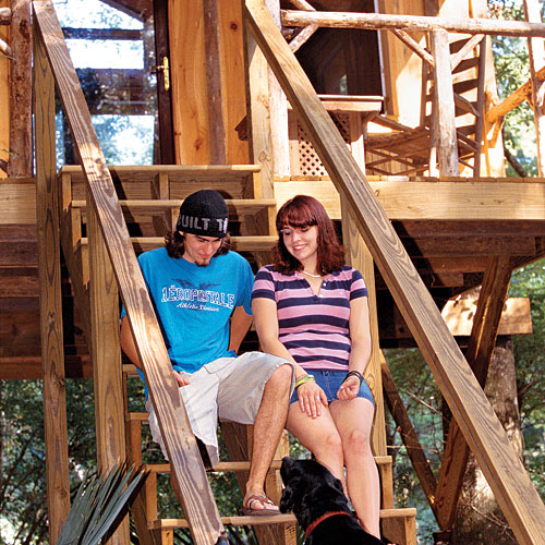 Budget Family Vacation Destinations: Carolina Heritage Outfitters Edisto River Treehouses