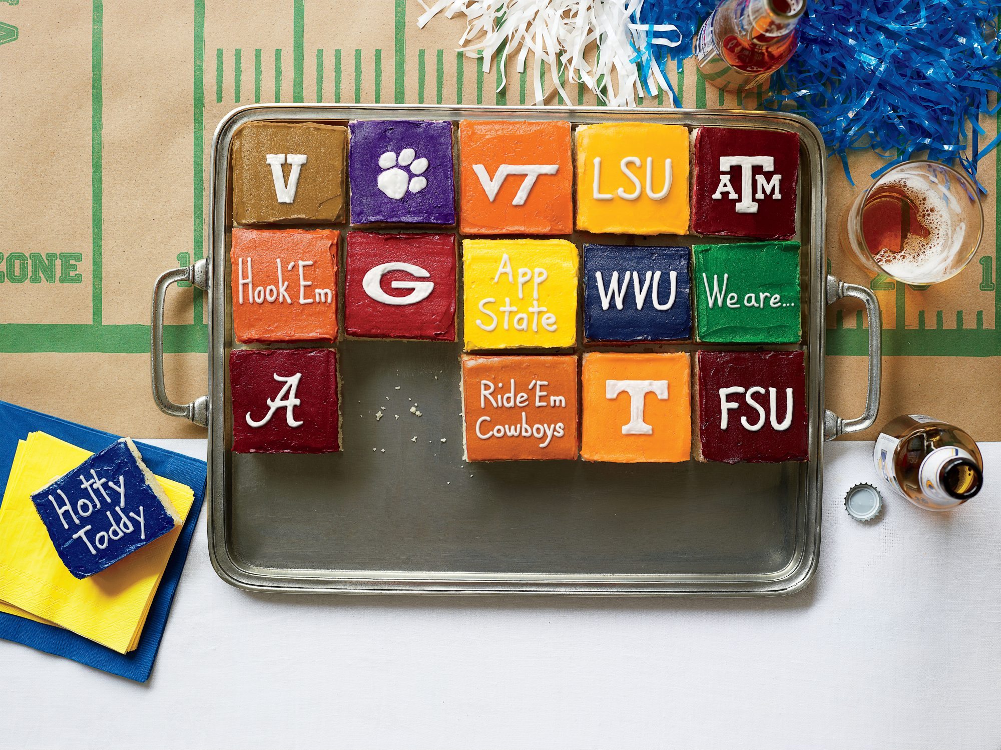 Touchdown Team Color Icing Formulas Southern Living