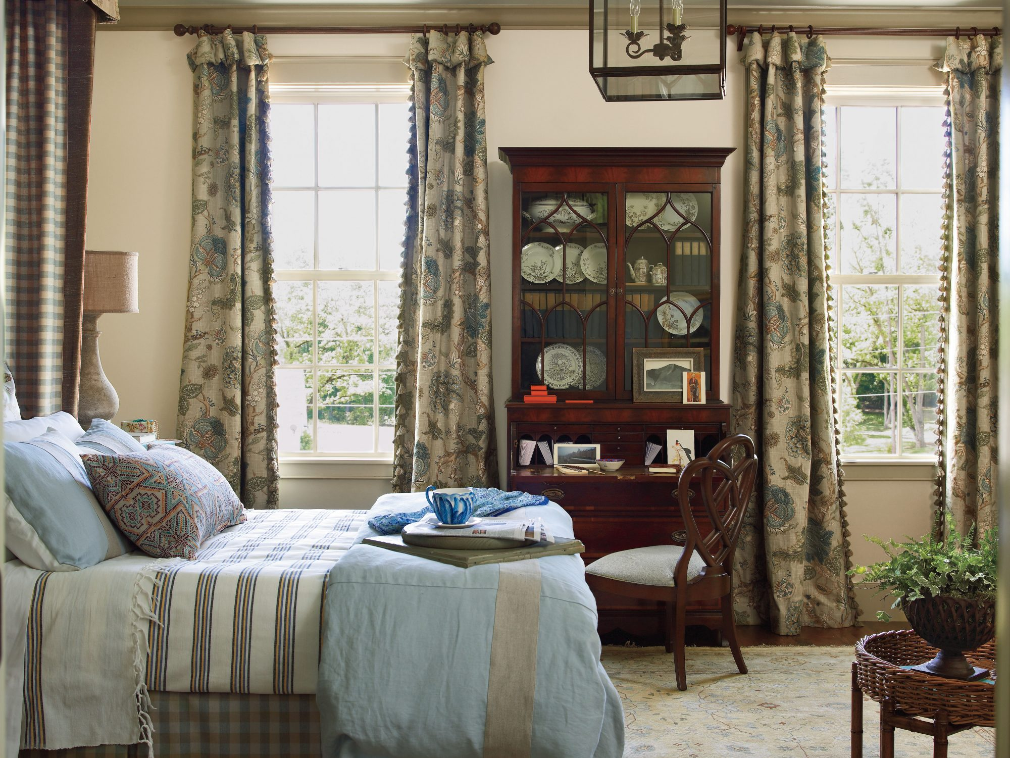 Red Mansion Master Bedrooms master bedroom decorating ideas - southern living