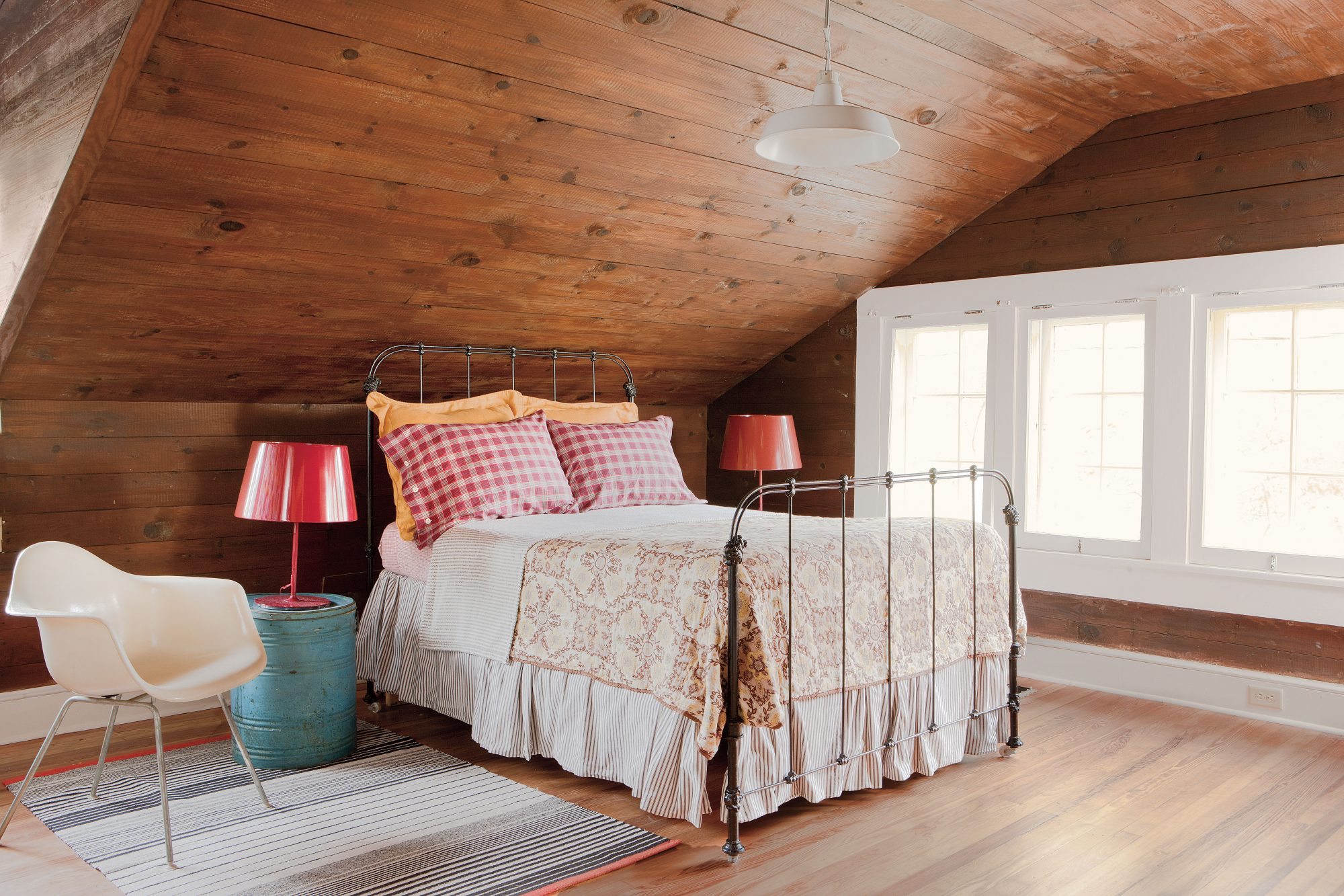 Upstairs Bedroom. Gracious Guest Bedroom Decorating Ideas   Southern Living