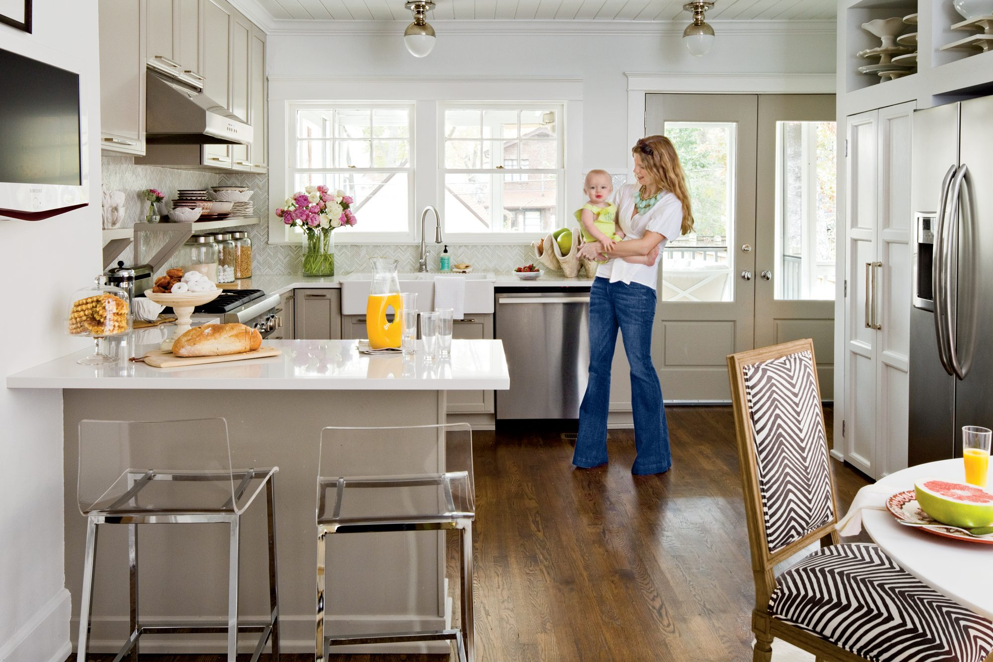 Style Revamp After Neautral Kitchen Makeover