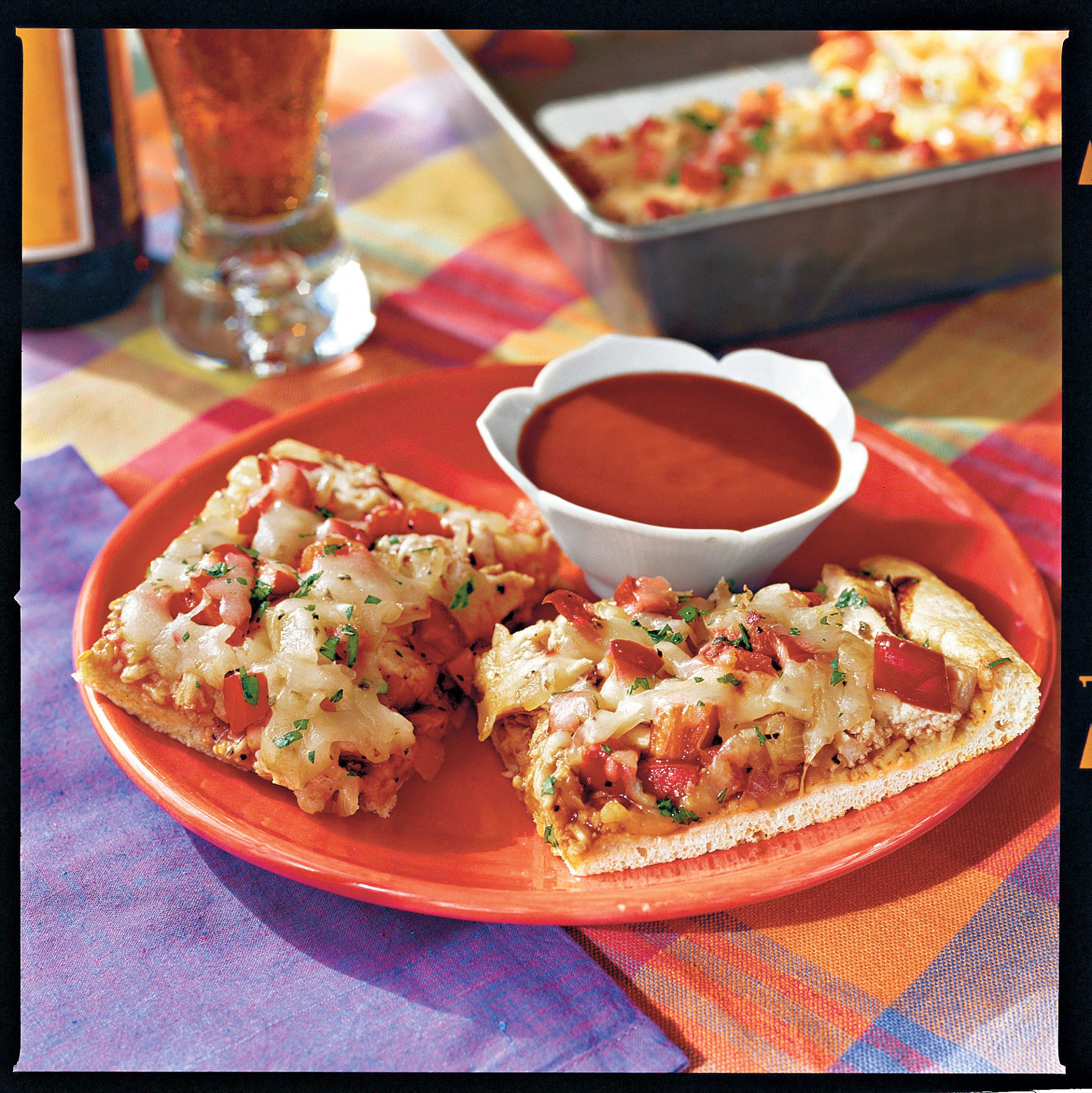 Quick and Easy Dinner Recipes: Quick 'n' Easy Chicken Barbecue Pizza