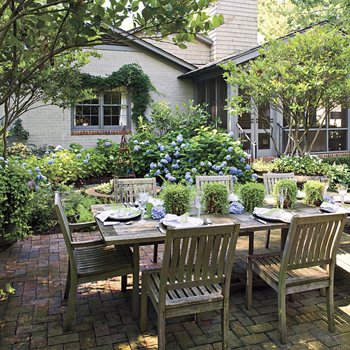 Outdoor Dining Room Ideas - Southern Living on Southern Outdoor Living id=44373