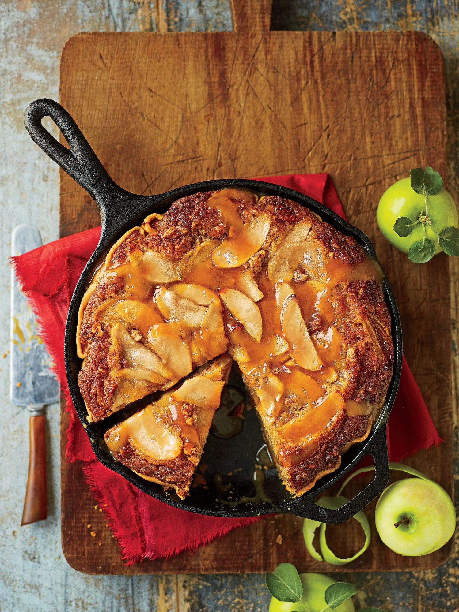 Thanksgiving Skillet Dishes Caramel Apple Blondie Pie