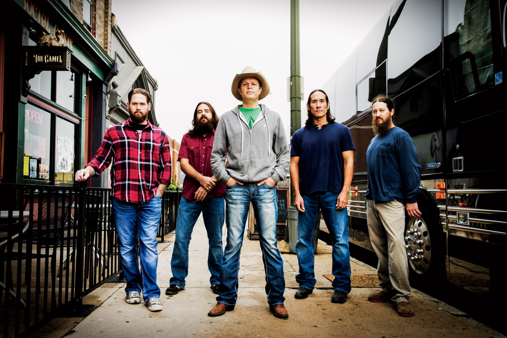 Biscuits & Jam with Jason Boland & The Stragglers