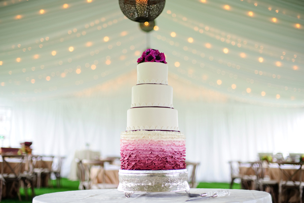 southern-wedding-ombre-cake.jpg