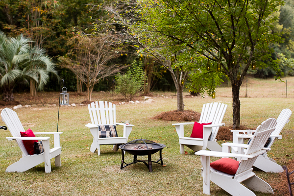 southern-wedding-backyard-reception.jpg
