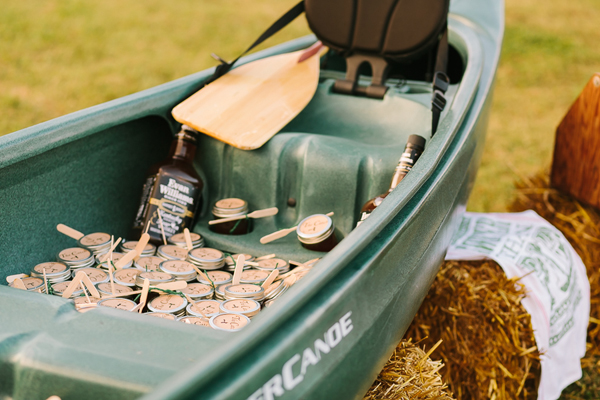 southern-wedding-creative-drink-station.jpg